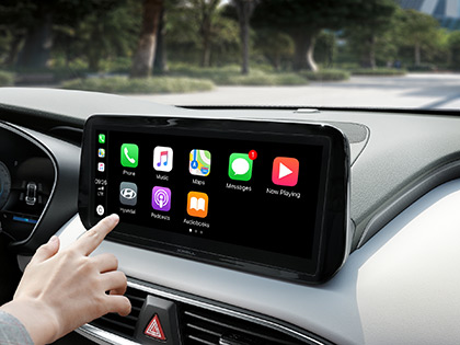 Bezkabelové systémy Wireless Apple Car Play a Android Auto.